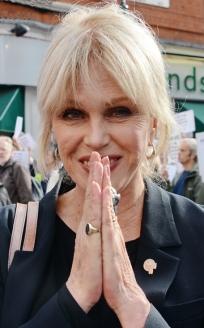Joanna Lumley Signatory Accredited to See Li